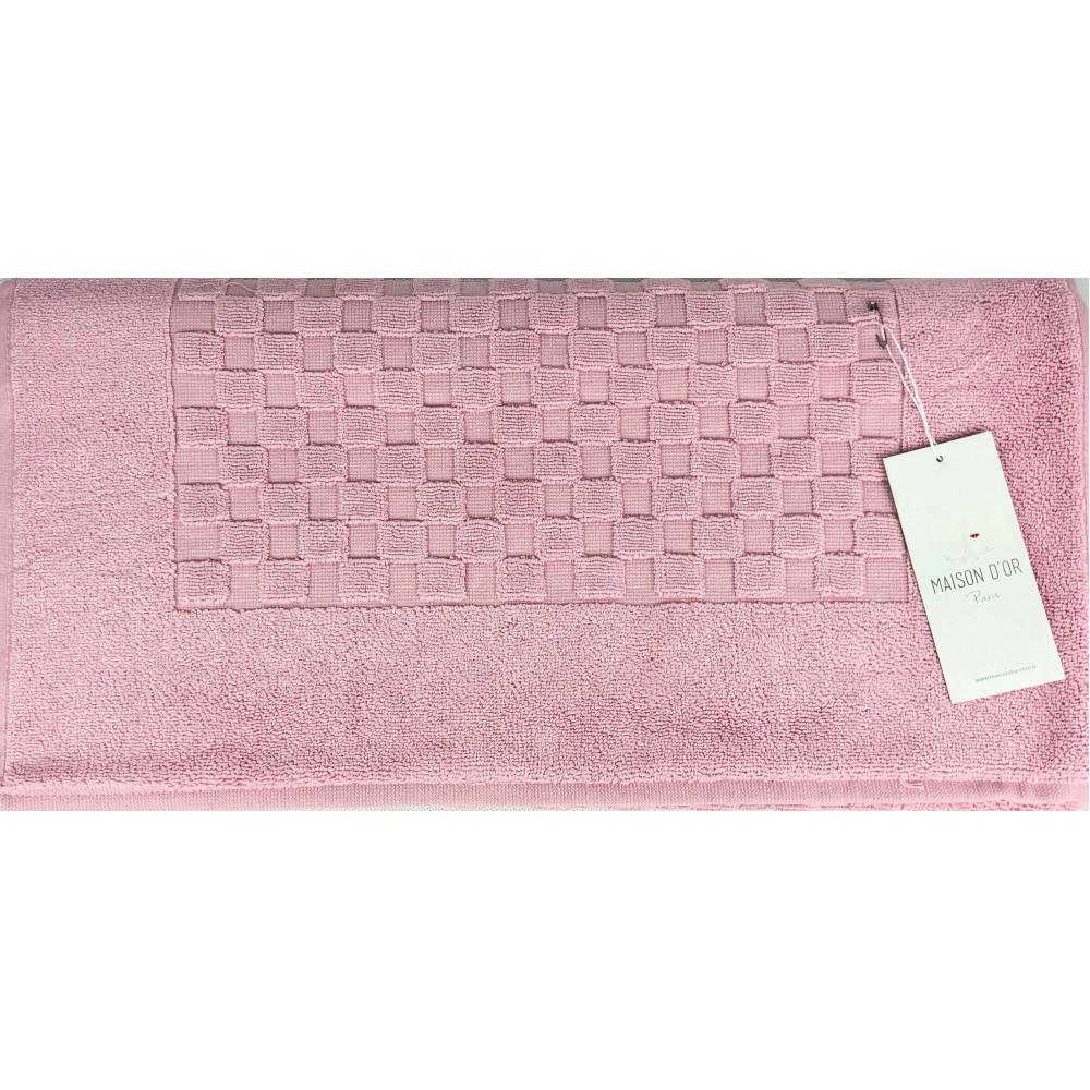 Checkboard брусника полотенце для ног Maison D'or
